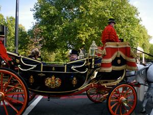 VIPs Going to Buckingham Palace